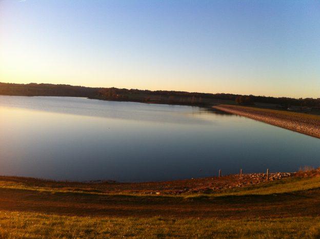 1-Sonnenuntergang am See (Barrage de Gimone) aufenommen am 10.12.2013 BJ